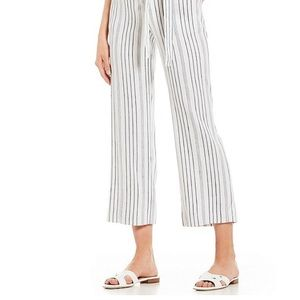 🎈FINAL SALE🎈 Black and White Striped Crop Pants